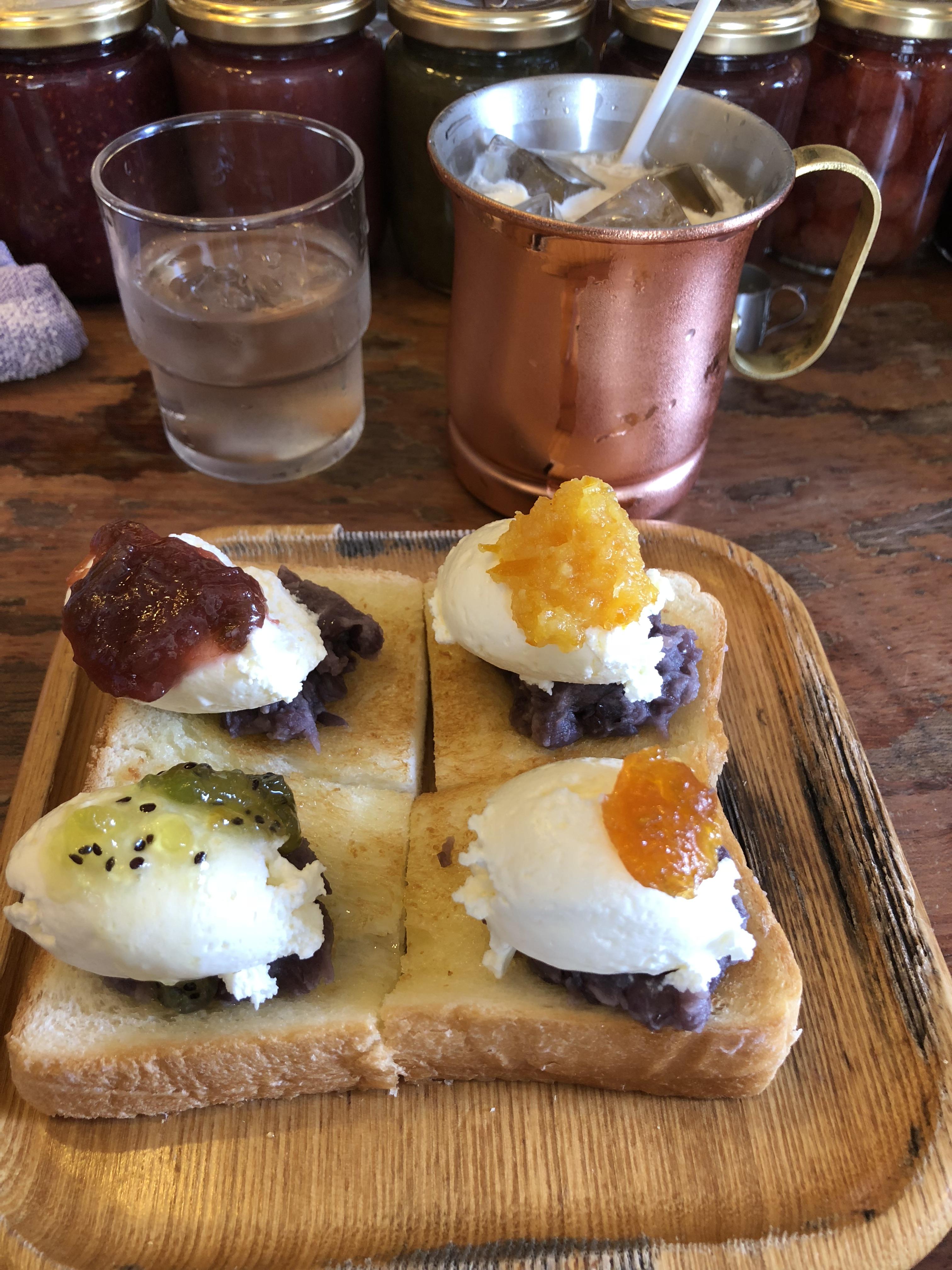 愛知県名古屋市のおすすめモーニング インスタ映えするあんトーストのコーヒーハウスかこ花車本店
