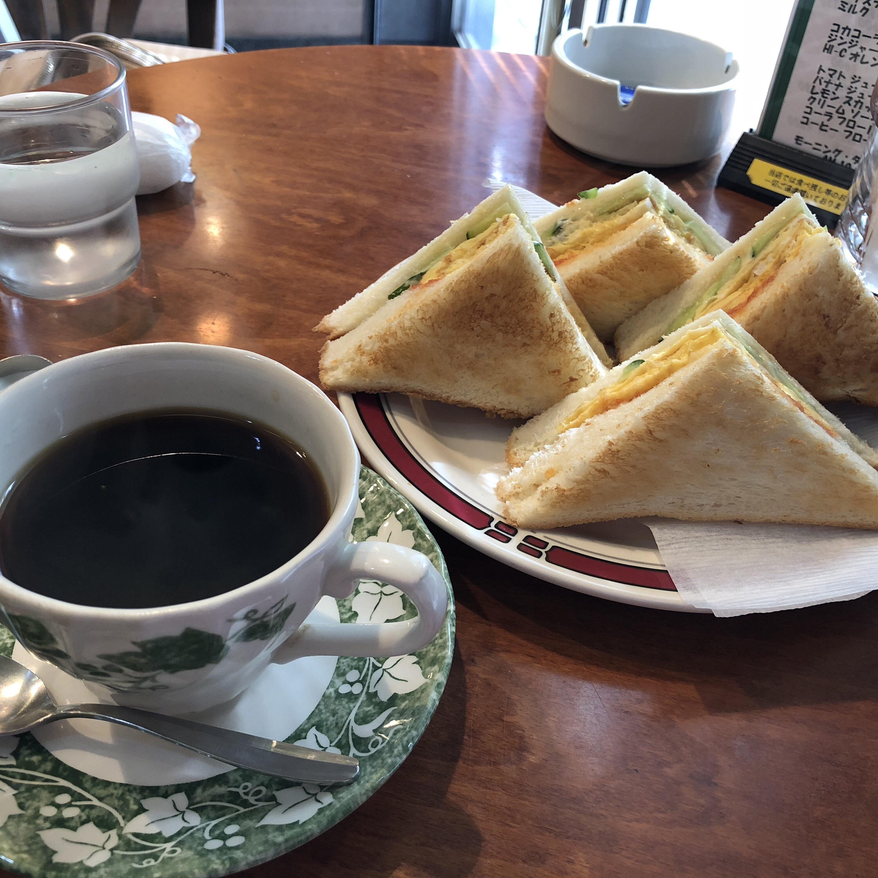 愛知県名古屋市のおすすめモーニング ドリンク一杯でサンドイッチがサービスされるクックタウン
