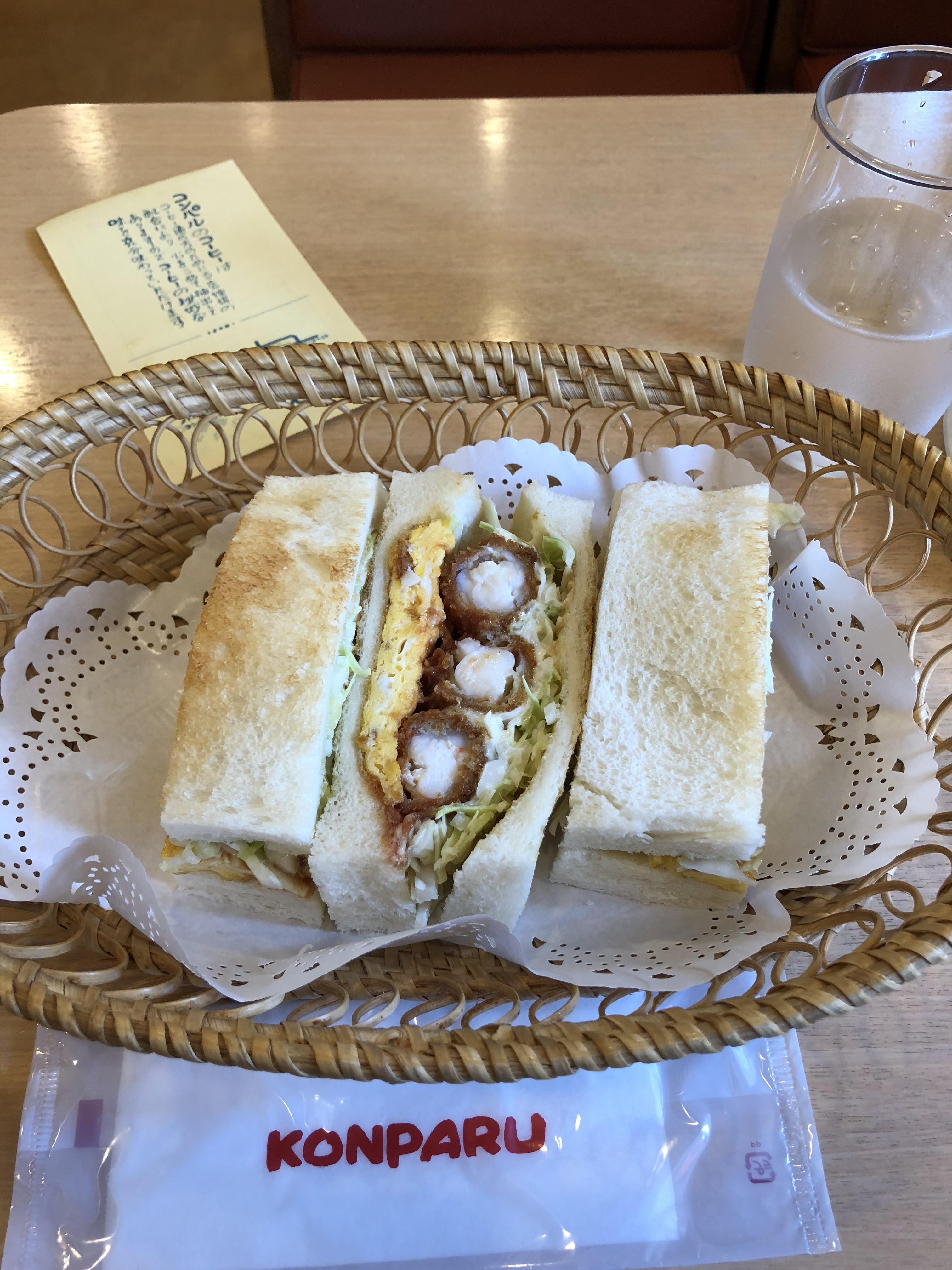 愛知県名古屋市のおすすめカフェ 念願のエビフライのサンドイッチはコンパル平和店