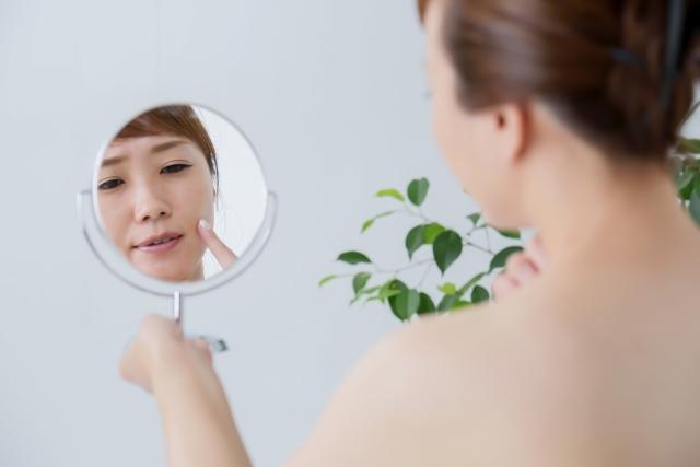 テカリがちで毛穴が開きやすい肌の対策~テカリ肌から美肌へ~