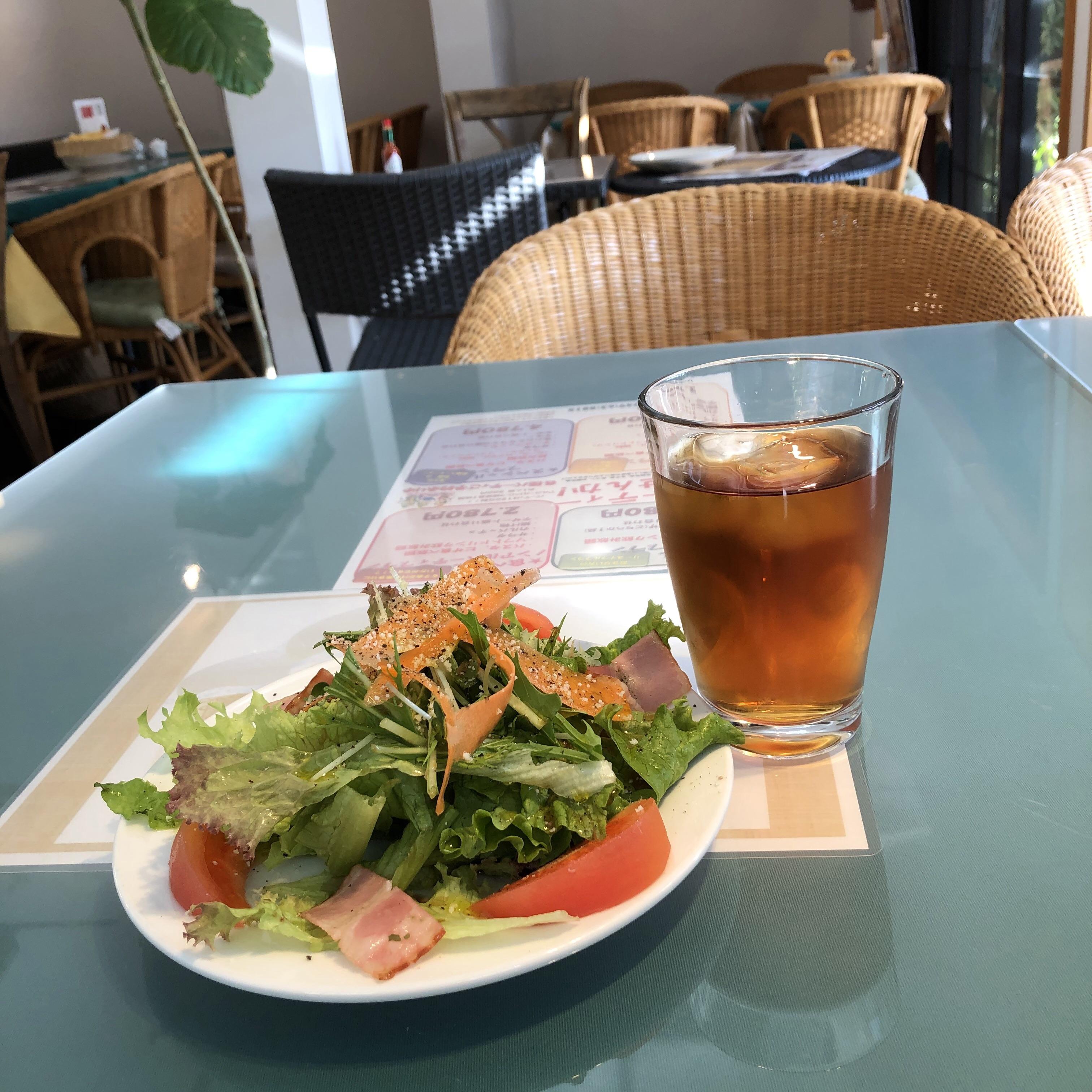 滋賀県長浜市おすすめイタリアン ぴざか屋でピザにデザート付のBランチをいただき読書タイムも満喫